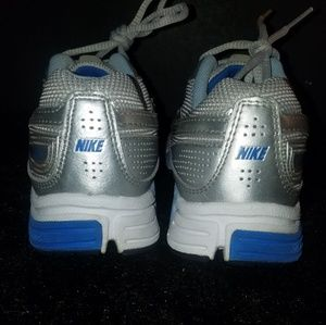 Nike Shoes - Nike air tri d running shoes